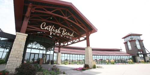 PZAZZ! Resort Hotel and Catfish Bend Casino golf packages