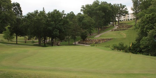 Holiday Hills Golf Resort