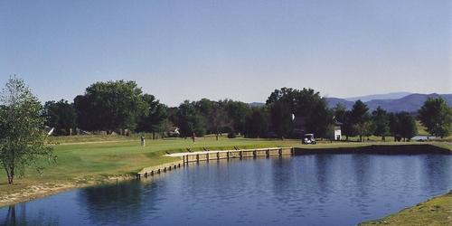 Baneberry Golf & Resort