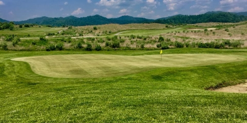 Twisted Gun Golf Course golf packages