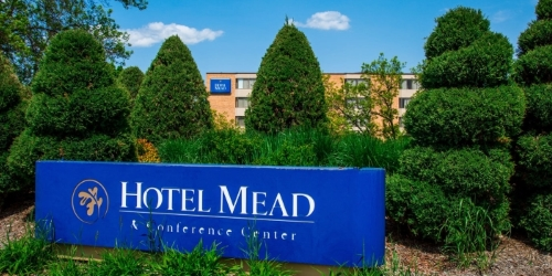 Hotel Mead